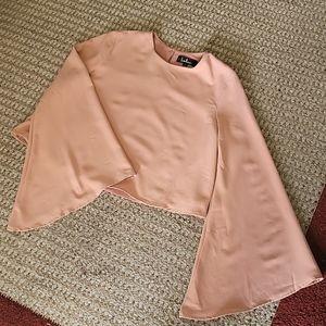 NWOT Lulus Bell Sleeve Crop Top